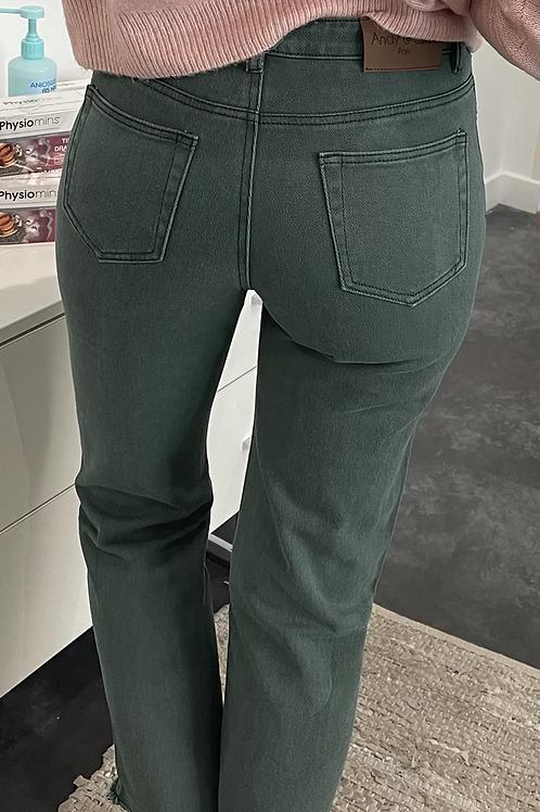 Jean's 𝚊𝚗𝚍𝚢 & 𝚕𝚞𝚌𝚢 vert