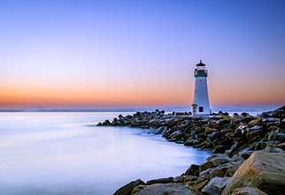lighthouse-1532771.jpg