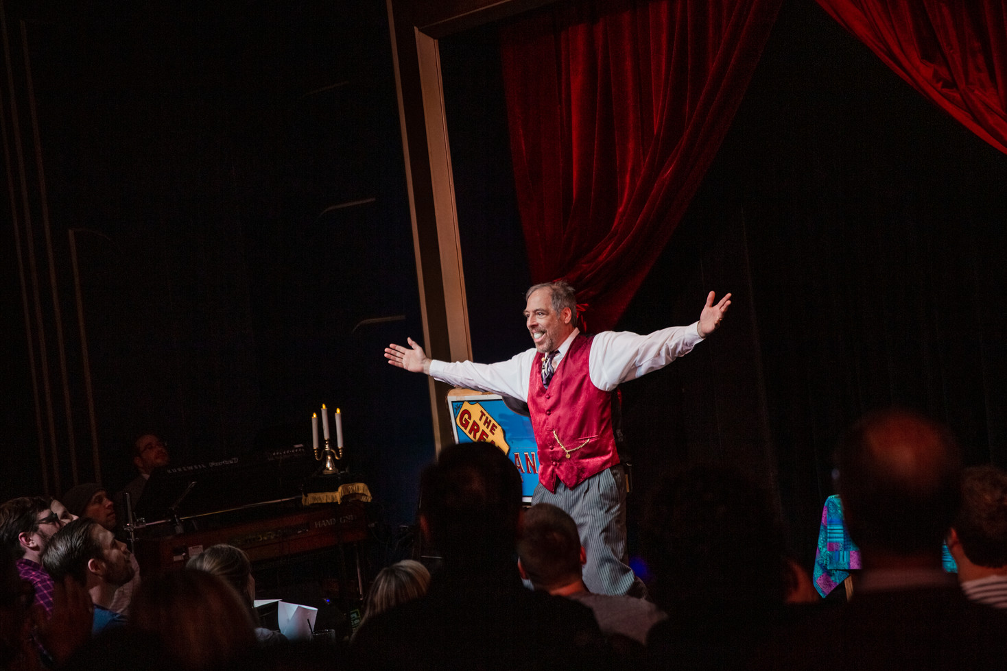 Chicago Magic Lounge Photography. Chicago Production Photos by Trainman Photography.