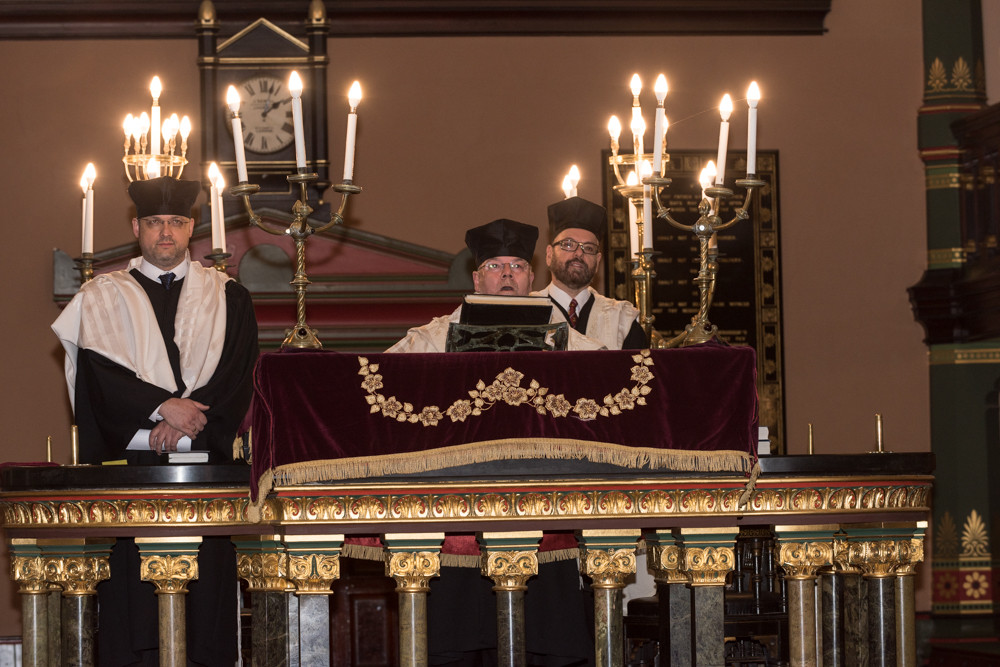 Rabbi Ariel Abel formally inducted as Princes Road's rabbi