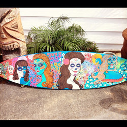 Hand painted surfboards #coralynnarcandart #dayofthedead #sugarskulls #pinup #surfboard #peacock #ha