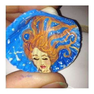 Seashell art, smaller than my thumb! #artist #beach #boho #coralynnarcandart #dreamer #freehand #hir