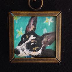 WEARABLE ART! Mini pet portrait necklaces $50 plus shipping! #coralynnarcandart #wearableart #miniar