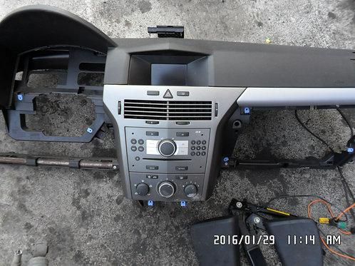 Cruscotto completo Opel Astra 2008