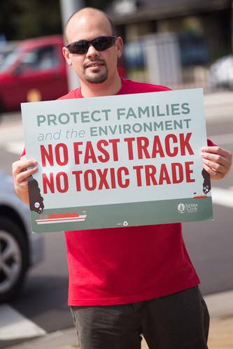 No Toxic Trade