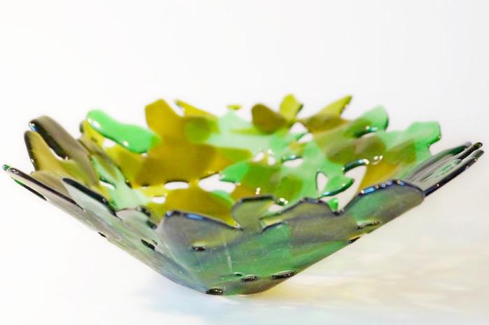 Schale aus Flaschenglas