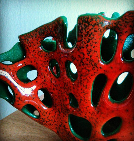Rotgrüne Korallenschale