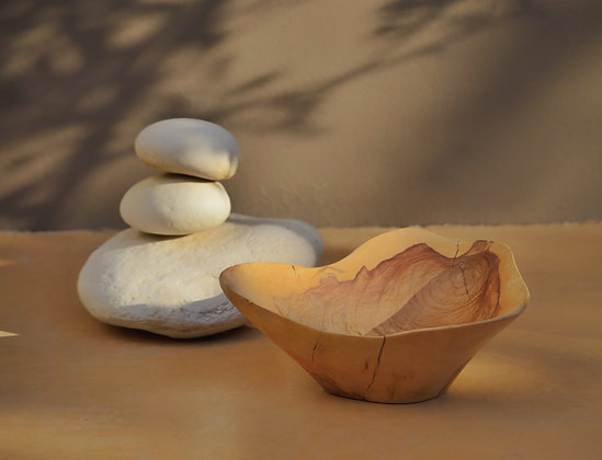 Olive wood fruit bowl (large)