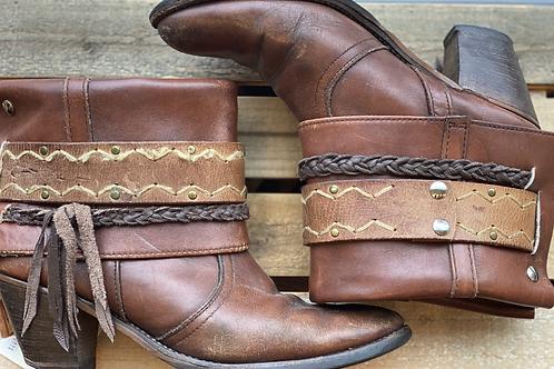 9 Brown Heel Cantys