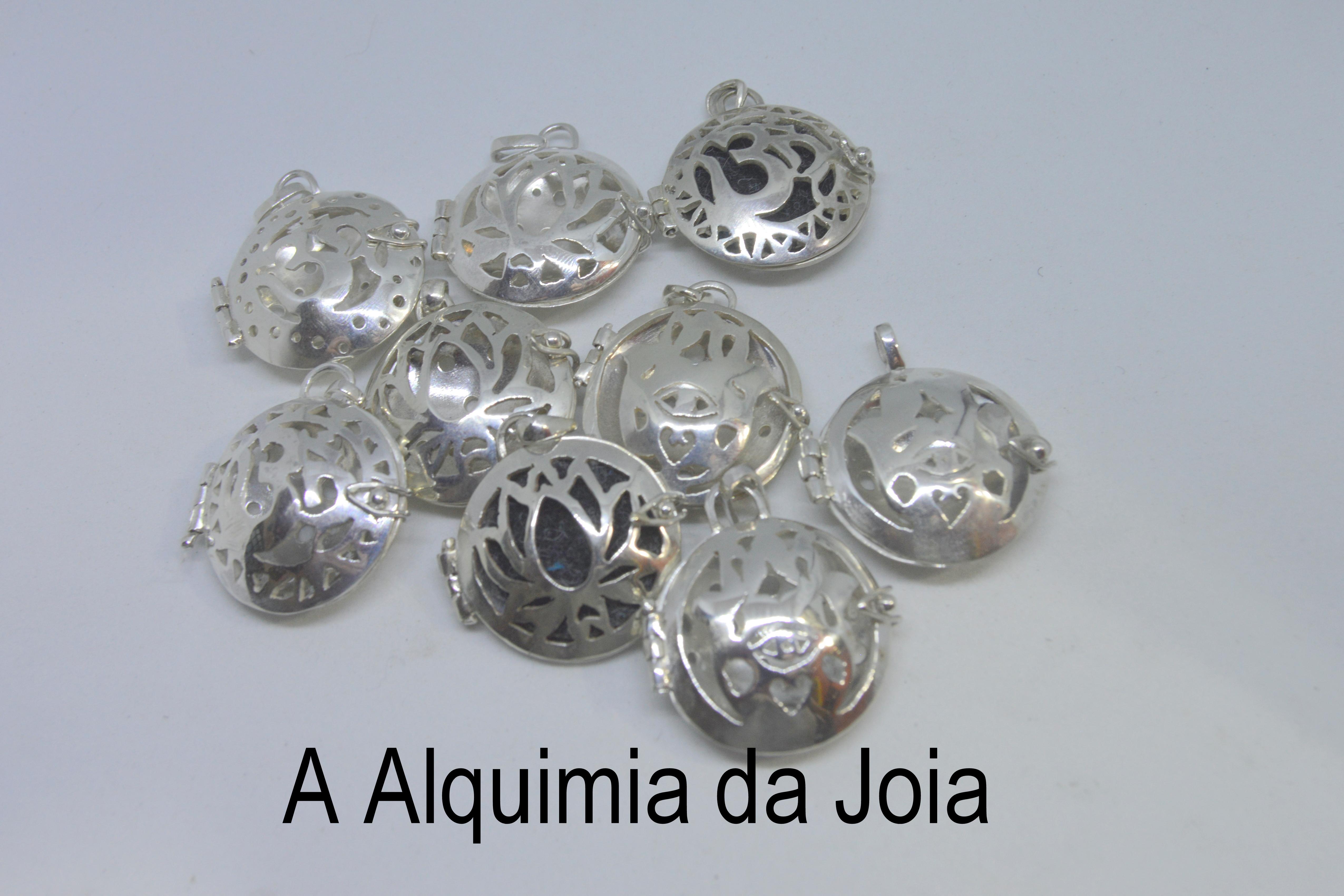 Pingentes difusores em prata