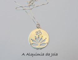 Flor de Lotus com OM