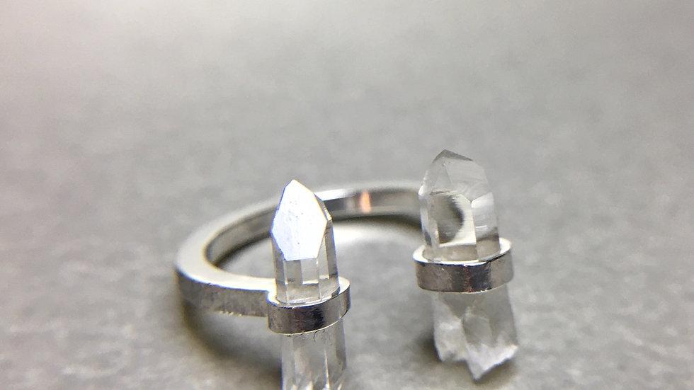 """Hyaline Quartz """"Duo"""" ring"""