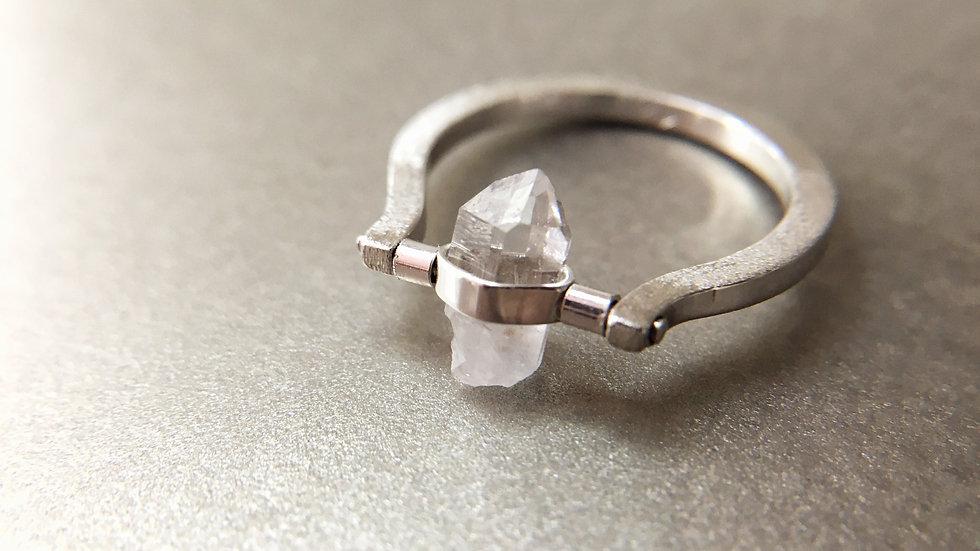 ' ATARAXIE '   bague quartz hyalin