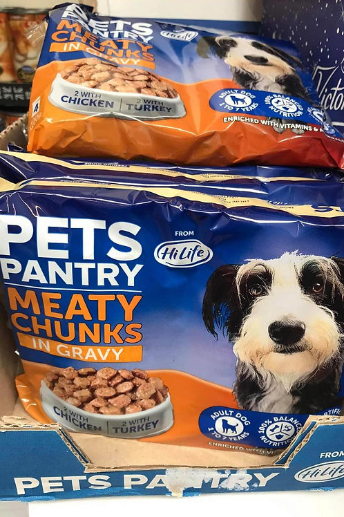Pet pantry meaty chunks in gravy