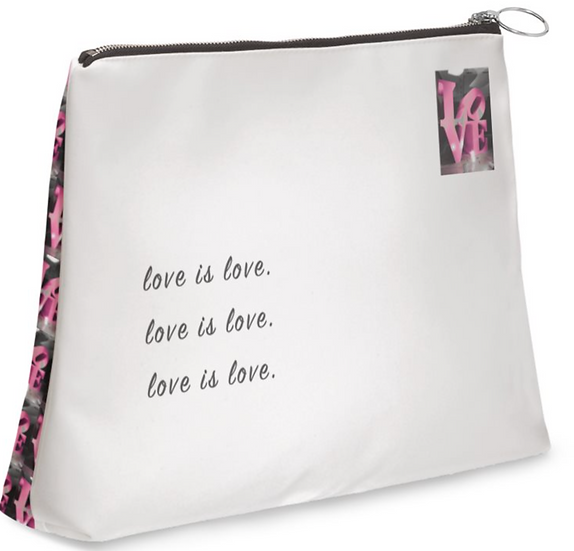 """The M.A.G. Grab & Go Leather Clutch Purse in """"Spotlight on Love,"""" Paris"""