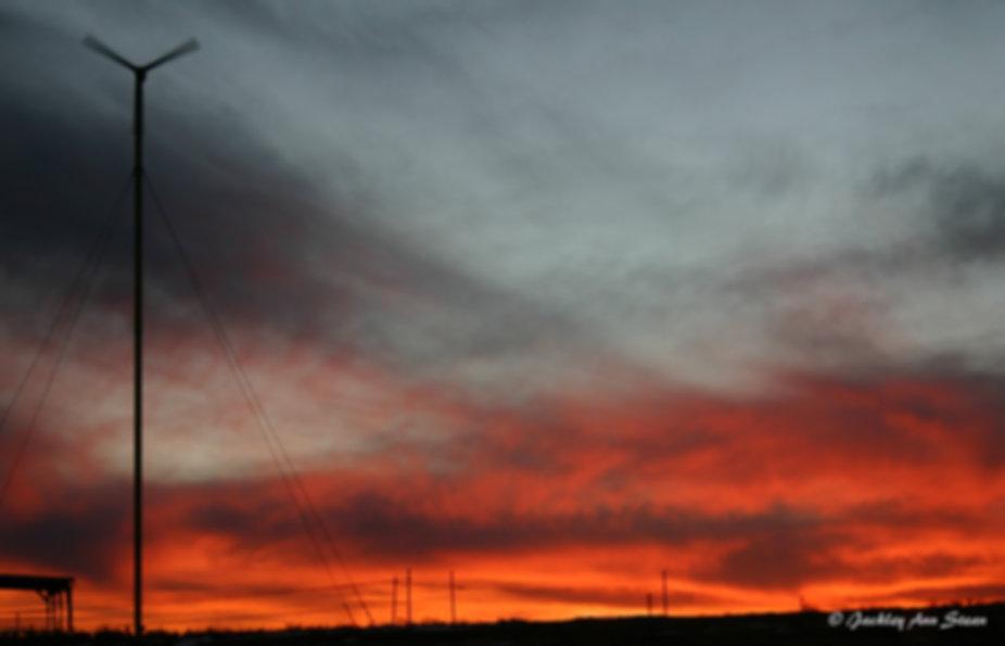 Sunrise withTurbine_2.jpg