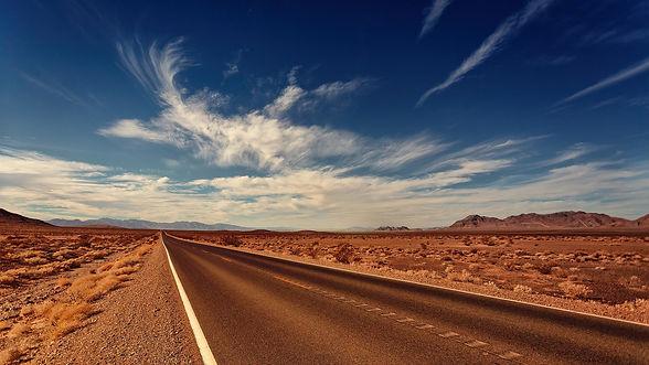road-3856796_1920.jpg