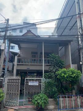 Small Building near Pattaya Beach  (40).