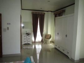 5 Bedroom Pool House 172B (25).JPG
