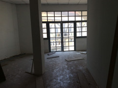 Large building for rent (23).JPG