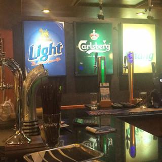 Jomtien Pub Restaurant + 6 Rooms (4).jpg