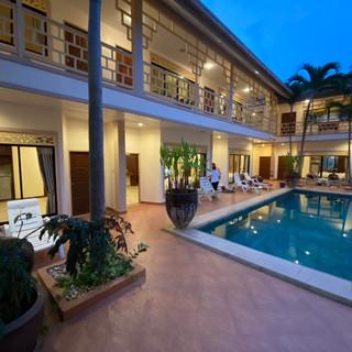 19 Room Resort (19).jpg
