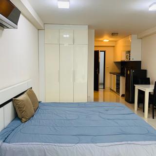 Room Unit 310 (5).jpg