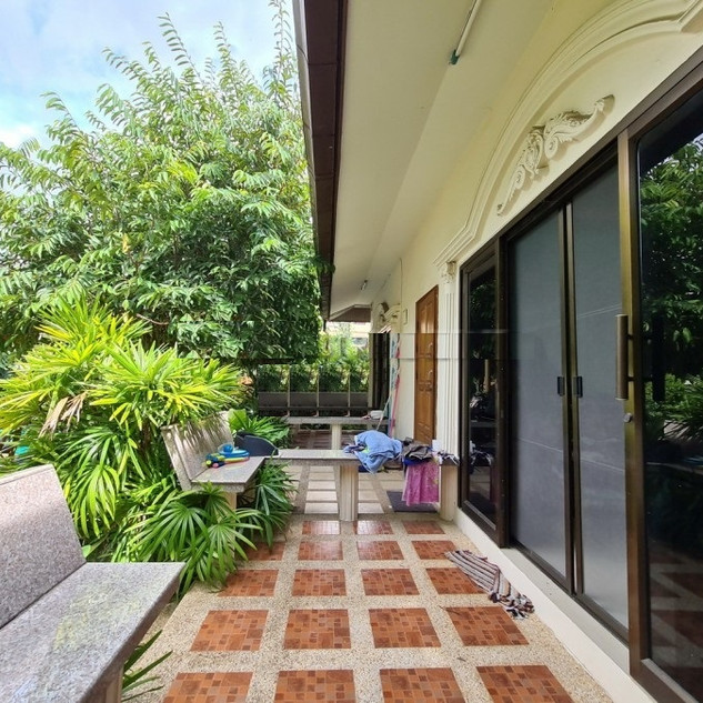 Pool Villa Bargain (16).jpg