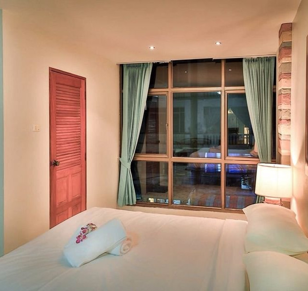 Jomtien 13 Room Guesthouse for Sale  (14