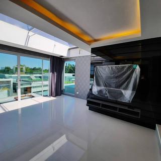 Modern New Pool Villa (19).jpg