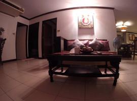 Beautiful 4 bedroom (13).jpg
