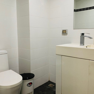 Room Unit 311 (1).jpg