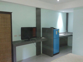 High End 20 Room Residential Building (1