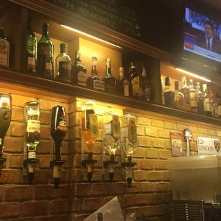 Jomtien Pub Restaurant + 6 Rooms (10).jp