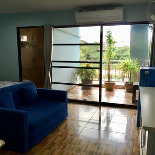 Jomtien 9 Room Guesthouse (14).jpg