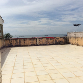 Floor 5  an open super large sea view ro
