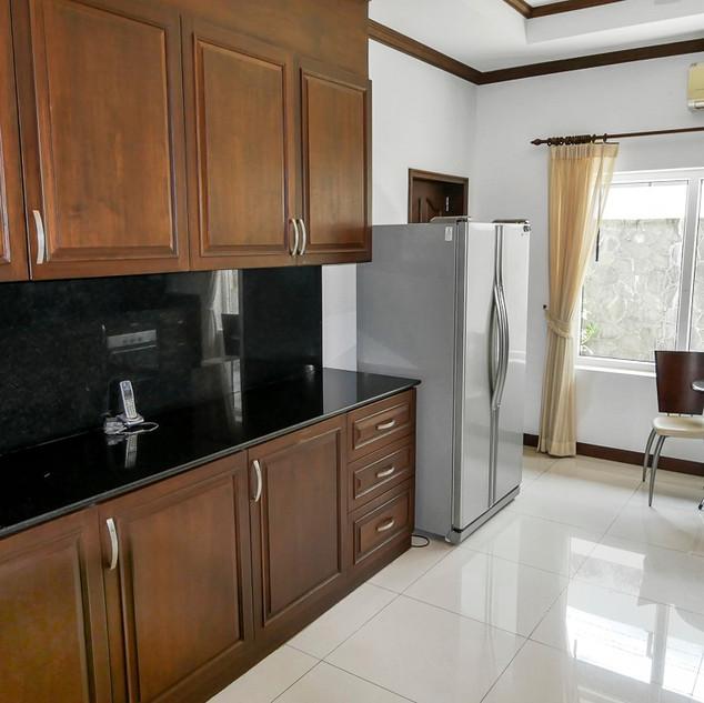 5 Bedroom Pool Villa East Pattaya (26).j