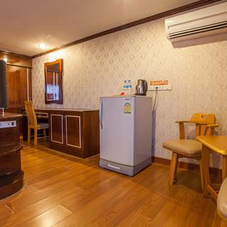 56 Rooms Hotel (20).jpg