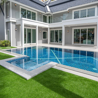 Jomtien 4 Bedroom Luxurious Pool Villa in Village (17).jpg