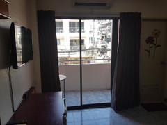 Pattaya Bhua Kao 35 Room Guesthouse (12)