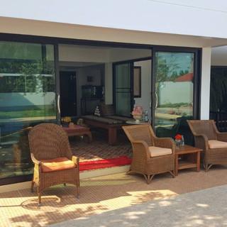 North Pattaya 6 Bedroom Mansion (74).jpg