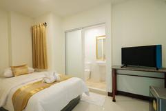 Pattaya Center 24 Room Hostel (42).jpg
