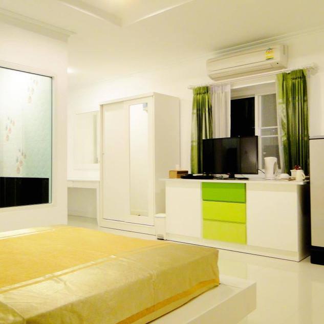 Hotel Sauna (47).jpg