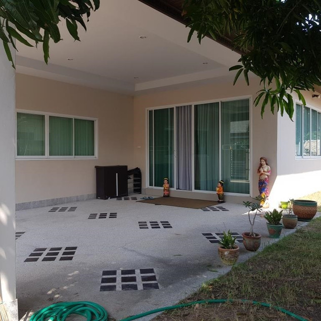 3 Bedroom Pool Villa resale  (7).jpg