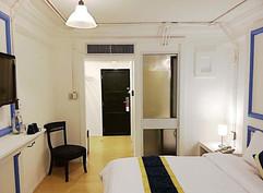 30 Room Pool Hotel  (11).jpg