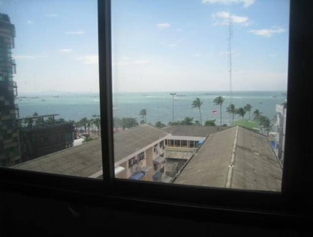 5 Floor Center Hotel (5) (Small).JPG