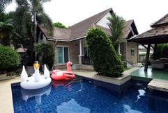 Jomtien 4 Bedrooms Pool Villa Sale (9).j