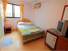 23 Rooms 2 shops rental (7).jpg