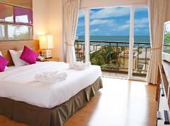 Beach Front Hotel (7).jpg