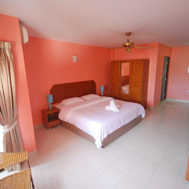 Pattaya VC Area 24 Rooms Hotel Sale (2).